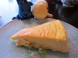 ゴンジュとさとしとチーズケーキ.JPG